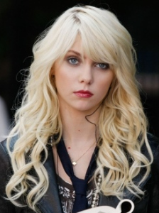 """""""Dan de Fleurette""""Pictured: Taylor Momsen as JennyPhoto Credit: Giovanni Rufino / The CW© 2009 The CW Network, LLC. All Rights Reserved."""