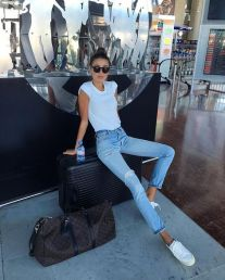 fotos-no-aeroporto-postura-feminina13