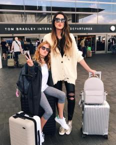 fotos-no-aeroporto-postura-feminina16