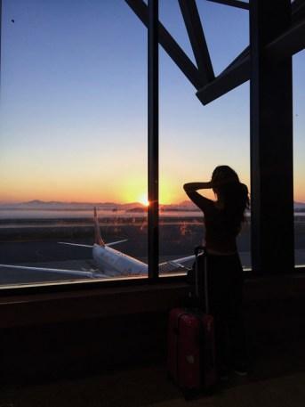 fotos-no-aeroporto-postura-feminina6